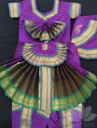 "Purple costume available sizes are pan tht 24"" - 33"" Totally 2 costumes are available . g4"